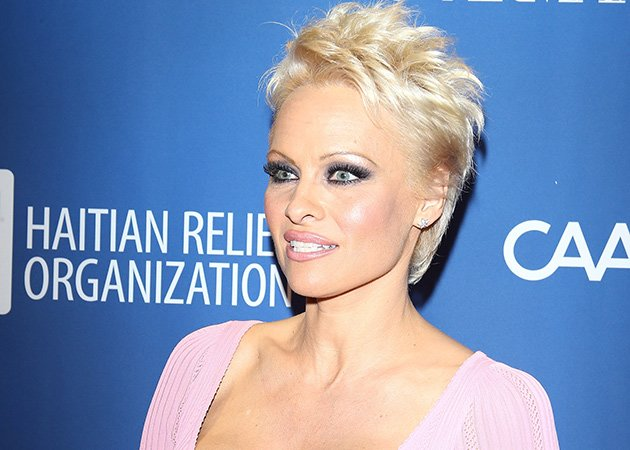 Pamela Anderson reveals why she cut her hair short | Celebrity News ...