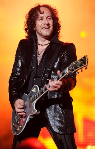Def Leppard's Vivian Campbell Has Cancer