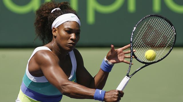 Tennis - Serena battles past Li in Miami