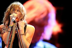 Singer Steven Tyler horrified viewers with his pitchy performance of the national anthem.