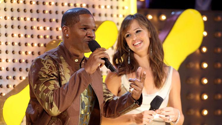Actor Jamie Foxx and Actress Jennifer Garner during the 2007 MTV Video Music Awards at The Palms Hotel and Casino.