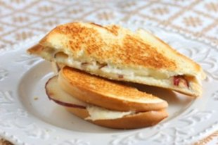 Pear Gruyere Grilled Cheese