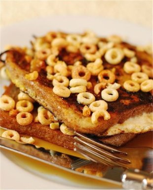 Cheerio-Crusted French Toast
