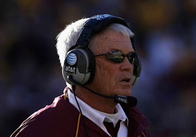 Longtime NCAA and NFL coach Dennis Erickson is now an assistant high school coach in Oregon — Getty