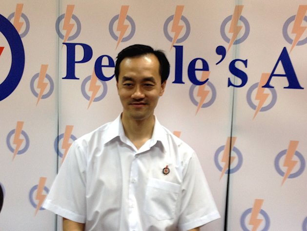 Colorectal surgeon Koh Poh Koon is standing on the PAP ticket for the upcoming Punggol East by-election. (Yahoo! photo)
