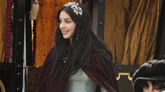 Mary Queen of Scots Gets the Gossip Girl Treatment in the CW's New Show Reign