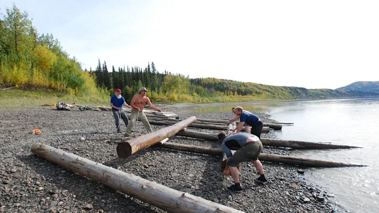 Ultimate Survival Alaska; Episode 102: River of No Return