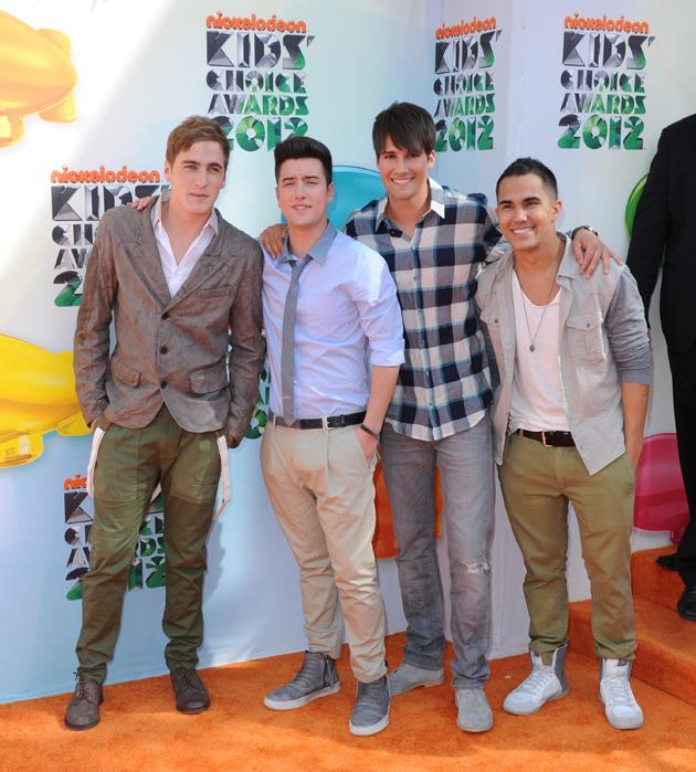 Kids' Choice Awards 2012 photos: Boyband Big Time Rush turned up with One Direction and caused screams across the red carpet.