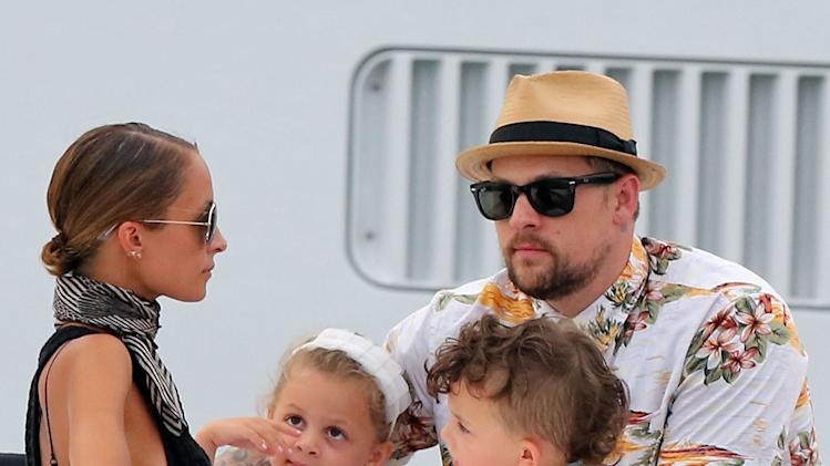 Nicole Richie & Joel Madden Vacation With Their Kids In Saint Tropez