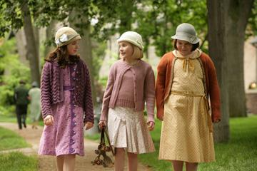 Madison Davenport , Abigail Breslin and Brieanne Jansen in Picturehouse's Kit Kittredge: An American Girl