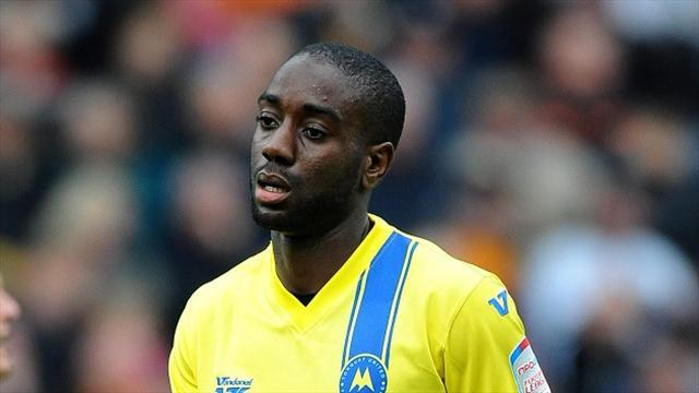 League Two - Daggers bring in Saah