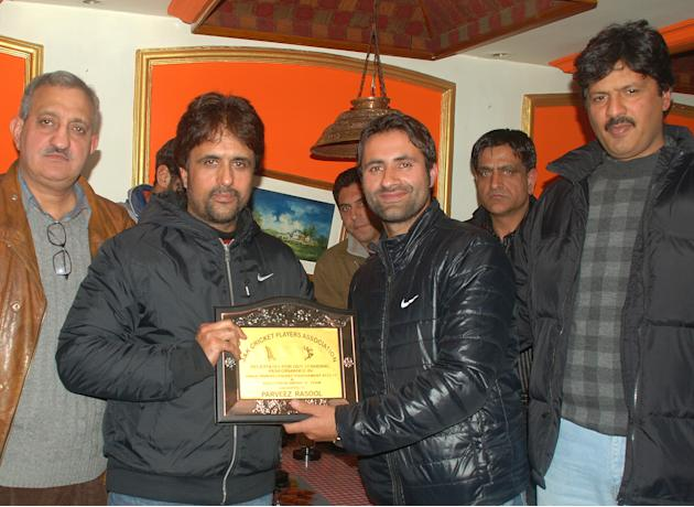 Jammu and Kashmir off-spinner Parveez Rasool. Photo by: Yawar Kabli, Kashmir Dispatch