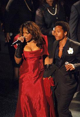 "Macy Gray and Gary Dourdan performing ""The Jeffersons"" Emmy Awards - 9/18/2005"