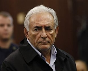 Dominique Strauss-Kahn, head of the International Monetary Fund, is arraigned Monday, May 16, 2011, in Manhattan Criminal Court for allegedly attempting to rape a hotel maid on Saturday. (AP Photo: Shannon Stapleton, Pool)