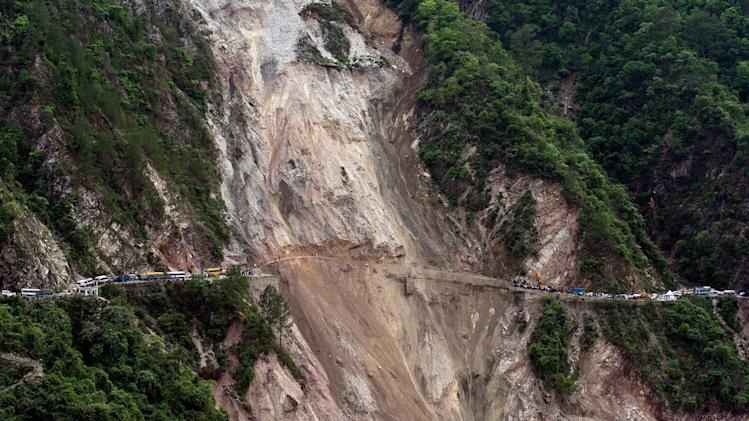 Rescuers make final push in Uttarakhand