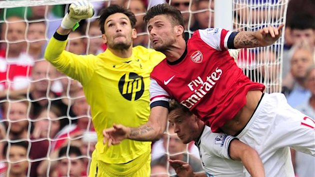 Hugo Lloris and Oliver Giroud (AFP)