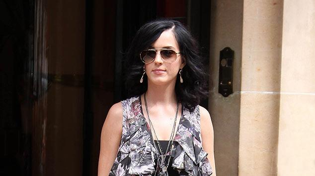 Perry Katy Leaves Paris Htl
