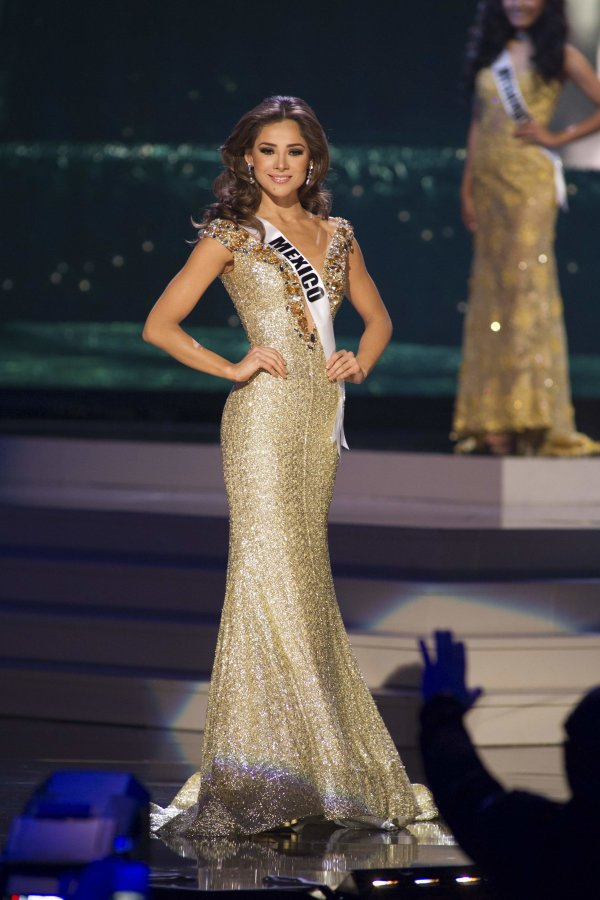 ★ MISS MANIA 2014 - Rolene Strauss of South Africa !!! ★ - Page 2 2015-01-22T052719Z_493812299_TM3EB1L1UAX01_RTRMADP_3_USA-MISSUNIVERSE