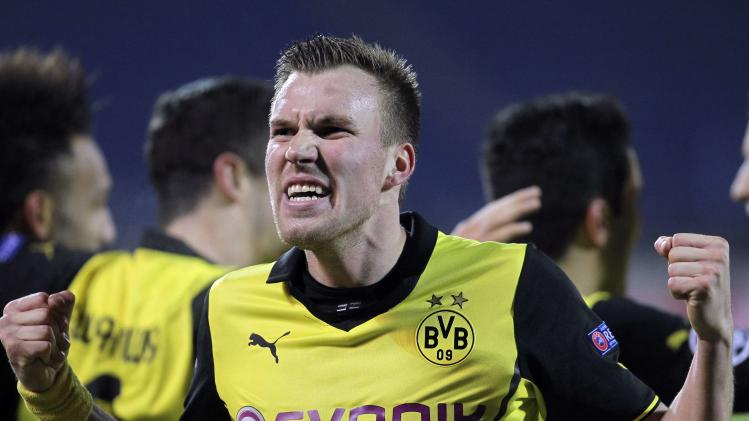 Borussia Dortmund's Grosskreutz celebrates a goal against Zenit St Petersburg during their Champions League soccer match in St. Petersburg