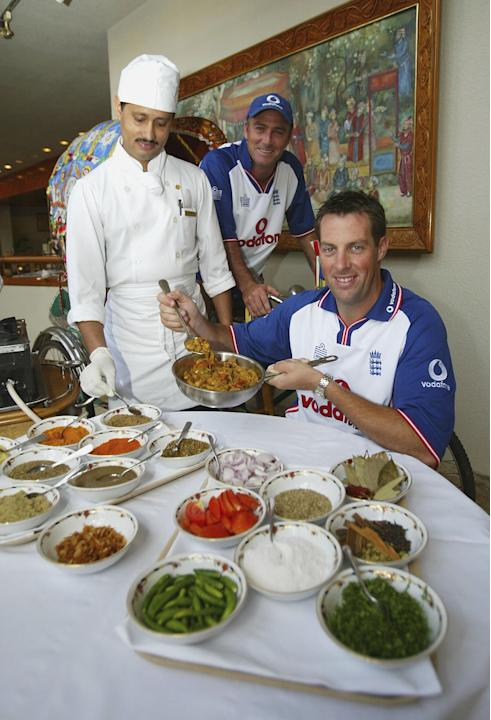 Marcus Trescothick and Graham Thorpe of England