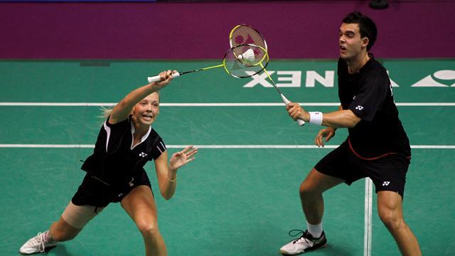 Badminton - Adcock and White reach Hong Kong Open final