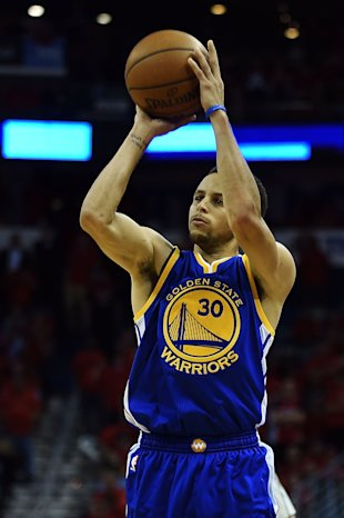 NEW ORLEANS, LA - APRIL 23: Stephen Curry #30 of the Golden State Warriors shoots a three point shot during Game Three in the first round of the 2015 NBA Playoffs against the New Orleans Pelicans at the Smoothie King Center on April 23, 2015 in New Orleans, Louisiana. NOTE TO USER: User expressly acknowledges and agrees that, by downloading and or using this photograph, User is consenting to the terms and conditions of the Getty Images License Agreement. (Photo by Stacy Revere/Getty Images)