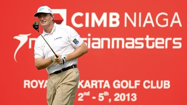 Golf - Jet-lagged Els stays in hunt in Indonesia, Thongchai leads