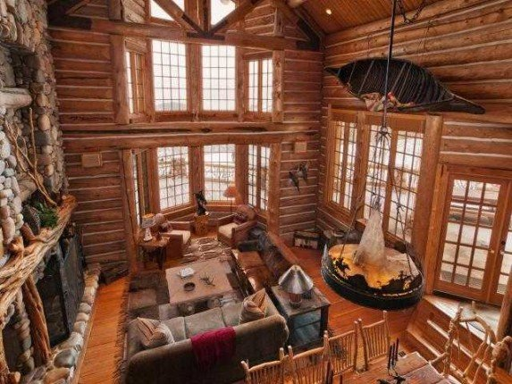 Mitt Romney S New Utah Home Is An Ultra Luxe Log Cabin