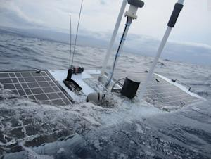 Robot Wave Glider Survives Hurricane Sandy at Sea