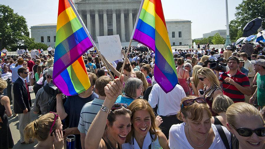 Video: We Explain the Supreme Court Rulings on Gay Marriage - Plus, Hollywood and America React!