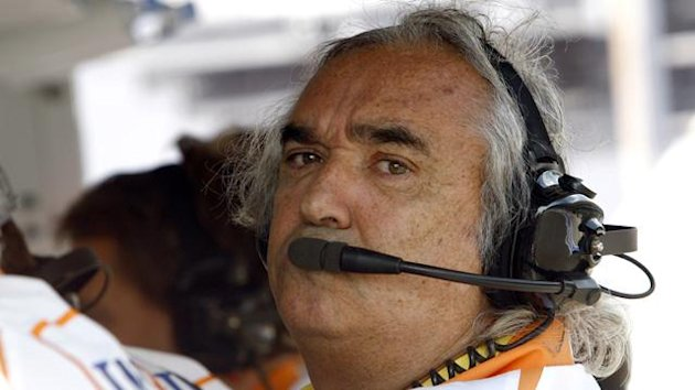Flavio Briatore formerly in the pits during qualifying