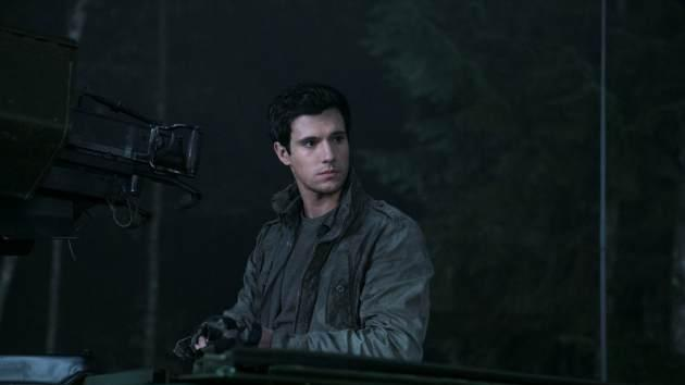Drew Roy as Hal Mason in 'Falling Skies' -- TNT