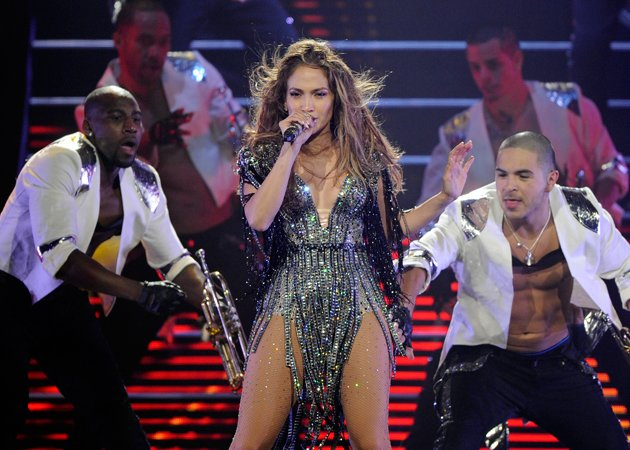 Jennifer Lopez breaks down