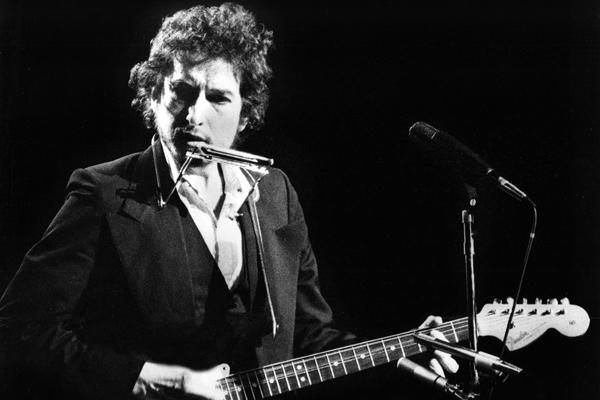 How Bob Dylan Co-Wrote Darius Rucker's 'Wagon Wheel,' 40 Years Ago