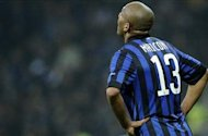 Stramaccioni refuses to rule out sale of Manchester City target Maicon