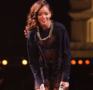 'Disrespectful' Rihanna Infuriates Fans After Turning Up Three Hours Late For Rescheduled Boston Show