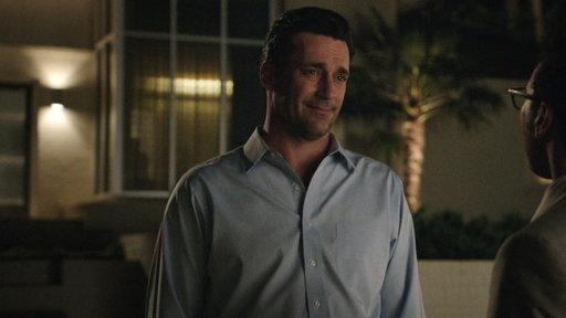Jon Hamm Talks to ET About His 'Million Dollar Arm'