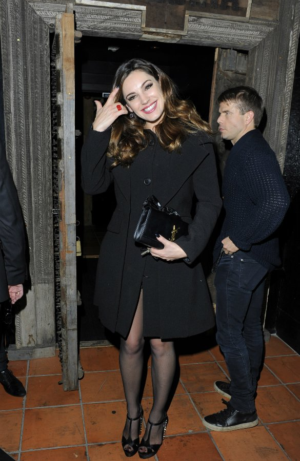 Kelly Brook spotted leaving Danny Cipriani's house, looks like they are totally back together - NOOOOO!