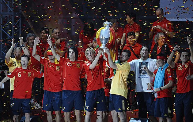Will Spain become the first team to successfully defend their Euro crown? (Getty Images)