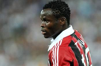 Official: AC Milan loan Taiwo to Dynamo Kiev
