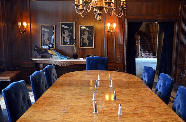 The mansion's wood-paneled dining room. (Kelly Senyei/Gourmet)