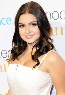 Ariel Winter | Photo Credits: Allen Berezovsky/Getty Images