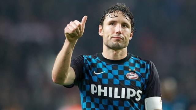 European Football - PSV skipper Van Bommel retires after 21 seasons