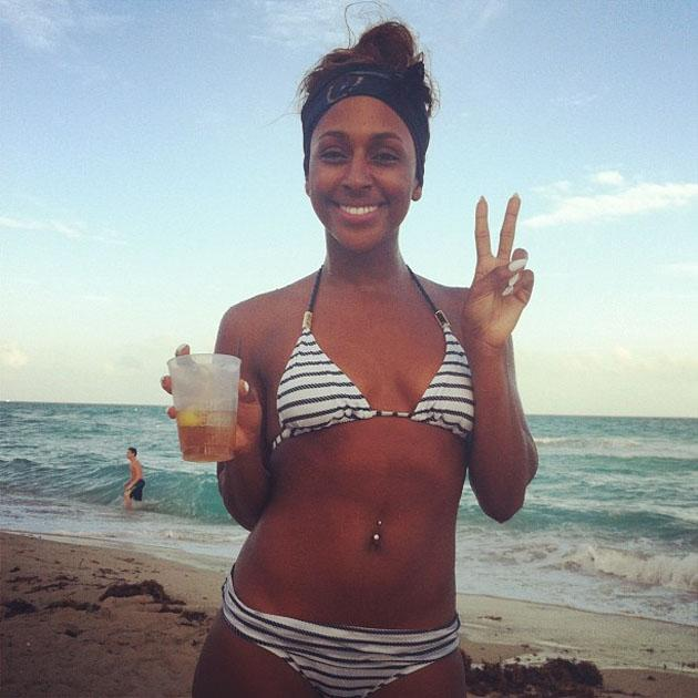 Celebrity Twitpics: Alexandra Burke gave us severe body/holiday envy with a stream of Twitpics from her break in Miami this week. We'd kill to have either.
