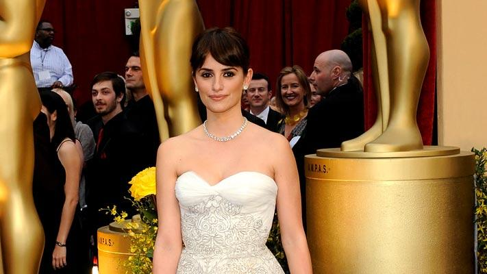 Actress Penelope Cruz arrives at the st Annual Academy Awards held at Kodak Theatre on February in Los Angeles California