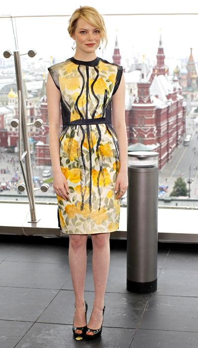 The lovely Emma Stone wears a pretty floral frock at the photo call for 'The Amazing Spider-Man' in Moscow, Russia, June 15. But before people start saying it looks like Grandma's curtains, on closer