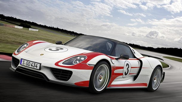2015 porsche 918 spyder the 1 million green monster. Black Bedroom Furniture Sets. Home Design Ideas