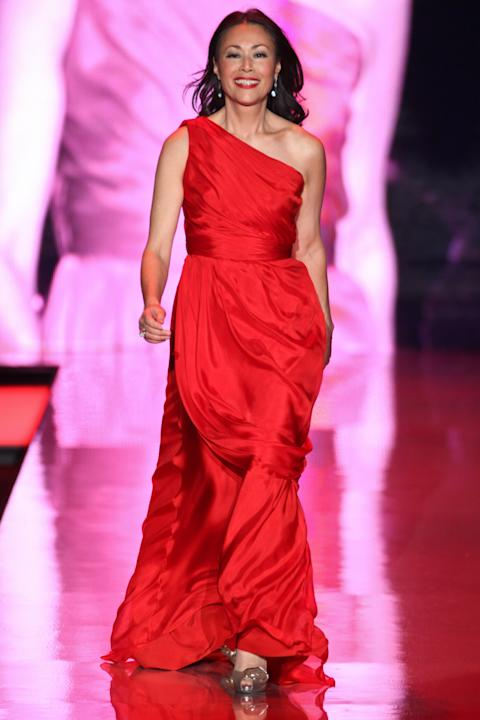 Ann Curry in Carmen Marc Valvo