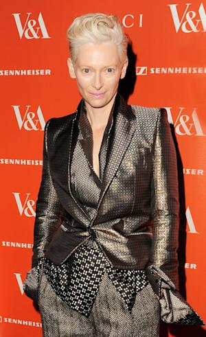 Tilda Swinton Sleeps in a Glass Box at New York City's Museum of Modern Art