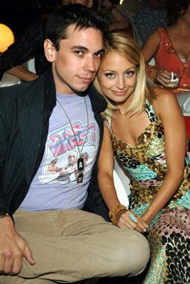 DJ AM and Nicole Richie  MTV Movie Awards 2005 - Backstage Los Angeles, CA - 6/4/05